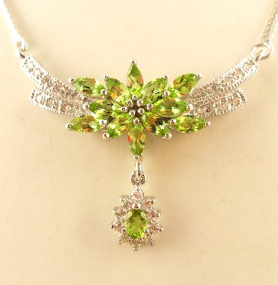 Deluxe Peridot Collier