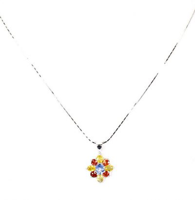Halskette mit Saphir Blüten Anhänger