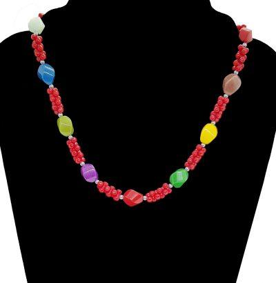 Collier mit Regenbogen-Jade & roter Koralle Schmuck Einzelstück