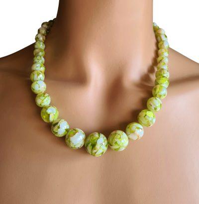 Grünes Abalone-Muschel-Perlen Collier Schmuck Einzelstück