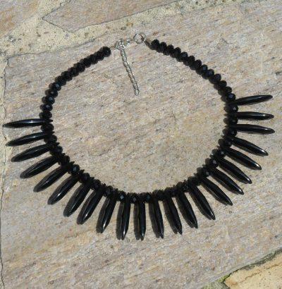Außergewöhnliches Obsidian Collier schwarz handgefertigt Einzelstück Schmuck