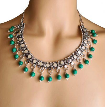 Handgefertigtes Collier mit Malachit-Perlen versilbert Einzelstück Schmuck
