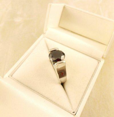 "Handgefertigter Moissanit Ring ""Round Cut"" Sterlingsilber Einzelstück Schmuck Verlobungsring"