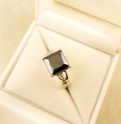 Handgefertigter Moissanit Ring mit Herz Sterlingsilber Einzelstück Schmuck Verlobungsring