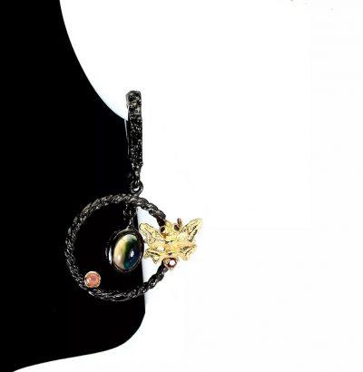 Außergewöhnliche Ohrringe mit schwarzem Opal, Feueropal und Saphir Sterlingsilber – Rhodium plattiert & 14 Karat vergoldet (Gelbgold) Schmuck handgefertigt